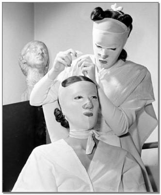 Процедура красоты в 1940году