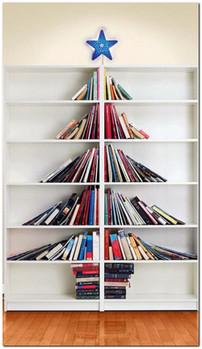 креативная идея елка из книг