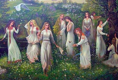 День Ива́на Купа́ла — языческий праздник славян,  восхваляющий цветение и плодородие.  - История праздника, - Традиции, - Приметы