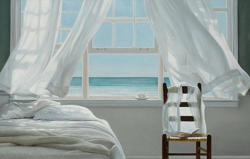 белая тюль на окне